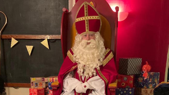 Interview met Sinterklaas vanaf zijn logeeradres in Krommenie