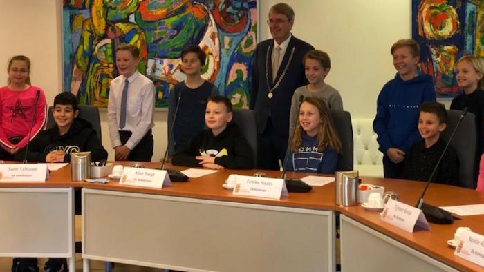 Kinderraad Oostzaan geïnstalleerd