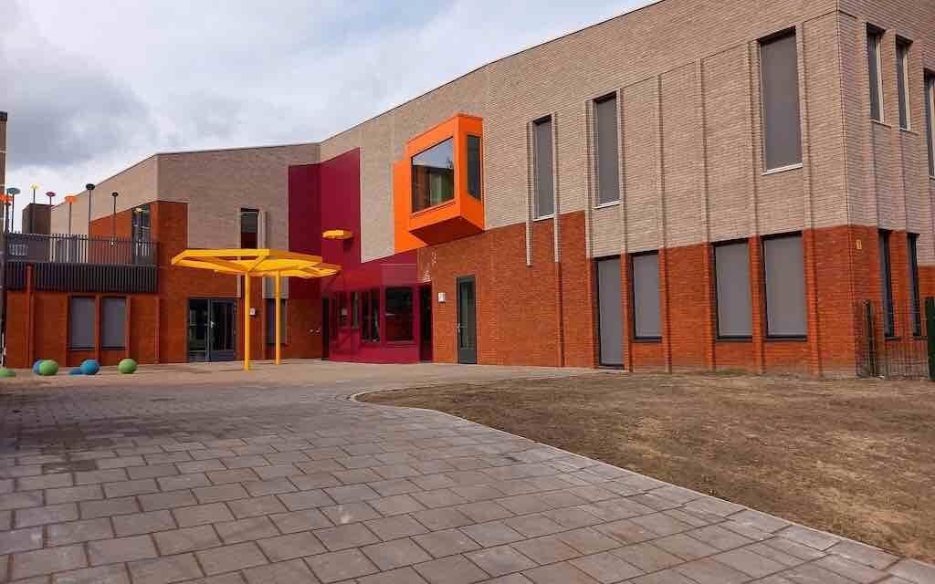 School De Hoeksteen stilletjes geopend