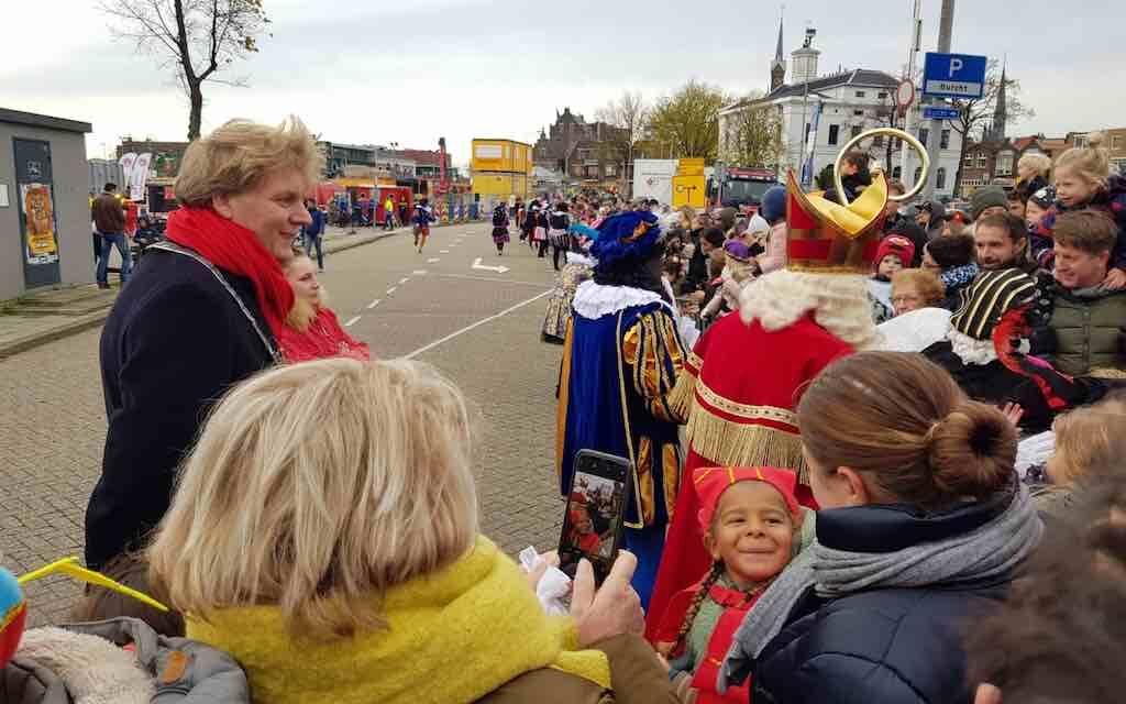 Burgemeester Hamming: geen Sinterklaas-intochten